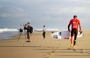 Stunning Surf Photos from Quik Pro France 2012