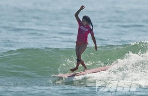 Satch Girls Pro Final Day Action Gallery Photo 0006