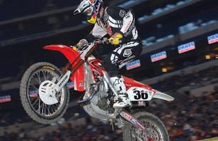 Supercross Gallery - Indy 450 2011 Photo 0008
