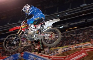 Supercross Gallery - Indy 450 2011 Photo 0009