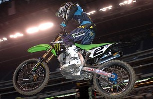 Supercross Gallery - Indy 450 2011 Photo 0010