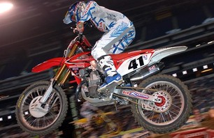 Supercross Gallery - Indy 450 2011 Photo 0011