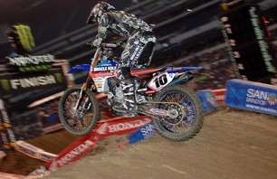 Supercross Gallery - Indy 450 2011 Photo 0012