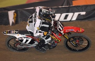 Supercross Gallery - Indy 250 2011 Photo 0009