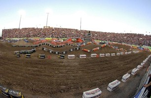 Supercross Las Vegas 2011 - 250 Gallery Photo 0006