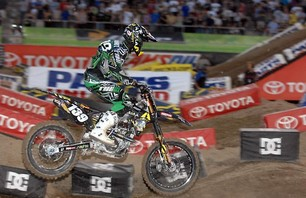 Supercross Las Vegas 2011 - 250 Gallery Photo 0010