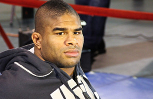 UFC 141 Alistair Overeem Open Workout