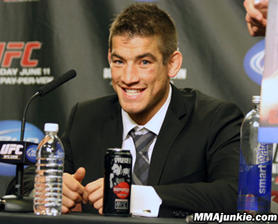 UFC on FX 4\'s Sam Stout on MMAjunkie.com Radio