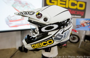 Racer X Films: 6D Helmets