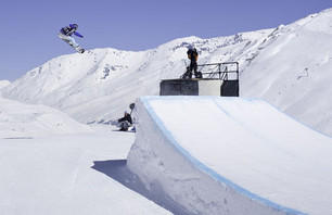 Jenny Jones Wins Wmn SNB Slopestyle at Winter X Europe