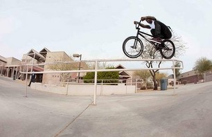 Nigel Sylvester in Phoenix Photo 0005