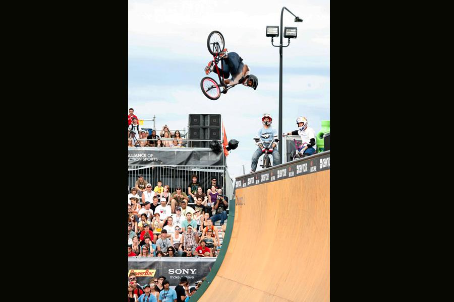 Dew Tour Chicago BMX Open Vert Finals Gallery