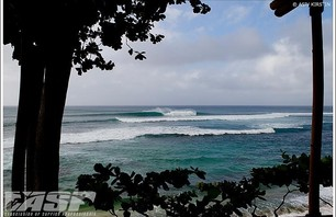 Reef Hawaiian Pro - Pipeline Gallery Photo 0005