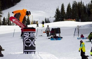 So Gnar\'s Mighty Midwest Snowboard Camp at Winter Park