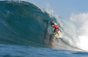 Billabong Pipeline Finals Gallery Photo 0002