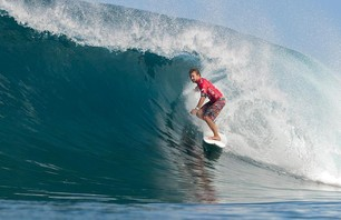 Billabong Pipeline Finals Gallery Photo 0004