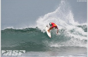 Reef Hawaiian Pro - Day 7 Gallery Photo 0010