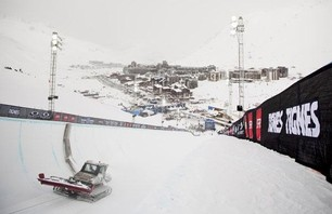 Winter X Games Europe - Men\'s Ski Pipe Finals Photo 0002