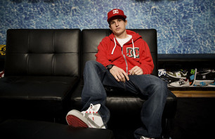 ROB DYRDEK BEGINS THIRD SEASON OF