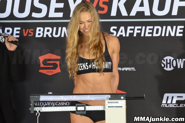 Strikeforce: Rousey vs. Kaufman': An MMAjunkie.com image gallery
