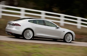 Introducing the Tesla Motors Model S Photo 0001