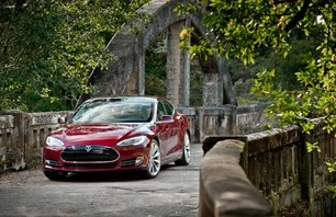 Introducing the Tesla Motors Model S Photo 0006