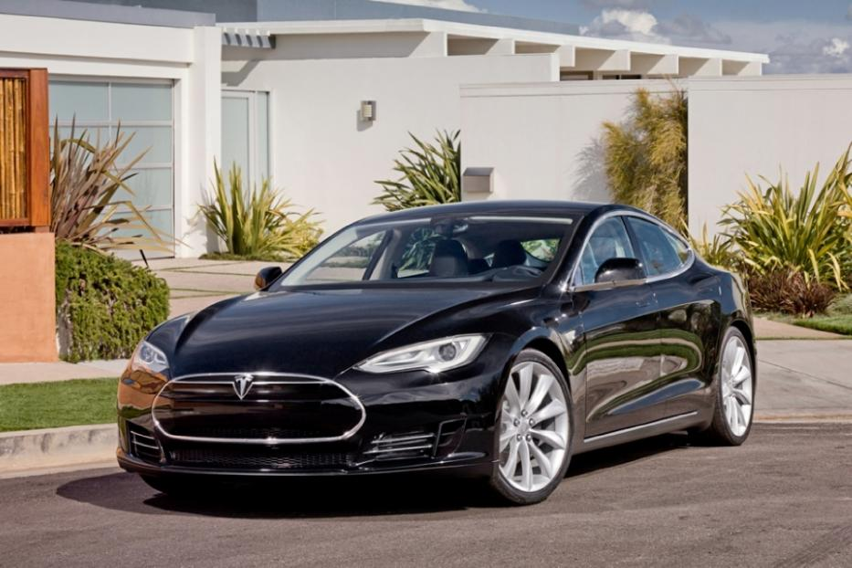 Introducing the Tesla Motors Model S