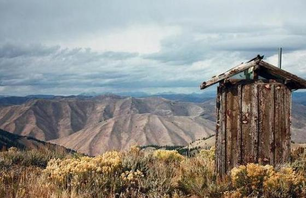 13 Loneliest Outhouses on Earth Photo 0005
