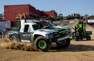 Monster Energy\'s Baja 500 Squad Photo 0008