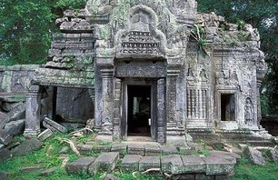 Abandoned Ta Prohm Temple in Middle of Jungle Photo 0007