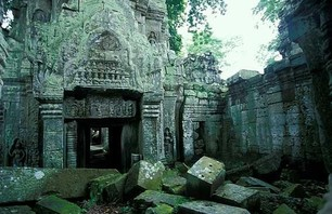 Abandoned Ta Prohm Temple in Middle of Jungle Photo 0009