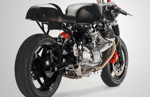 The Moto Guzzi V1100 Custom Photo 0004