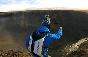 Video of the Day:Matthias Giraud – B.A.S.E. Jumping in Iceland